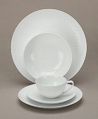 ... have images of our china (Richard Ginori Fiesole place settings with Anna Weatherley Spring in Budapest accent pieces) and everday dishes (Calvin Klein ... & David Wertheimer and Amy Schachner